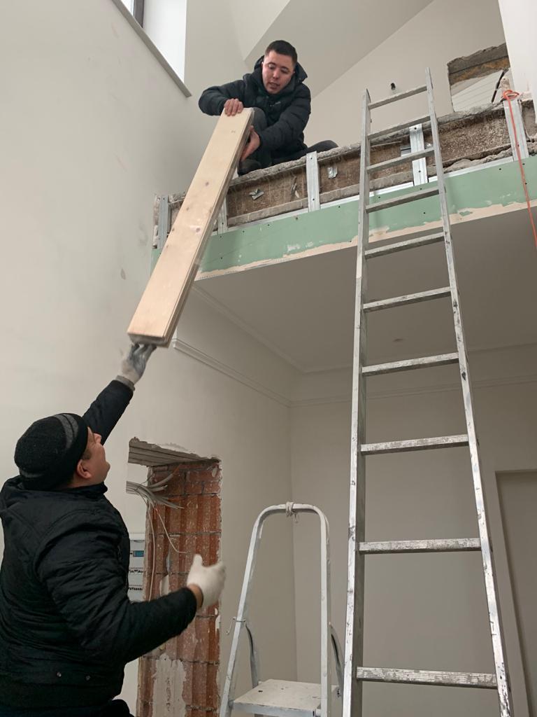 Подъем паркетной доски на второй этаж без лестницы для дерево декор в СПб 2020